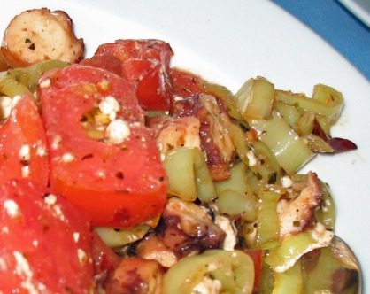 Octopus with hot peppers and fresh tomatoes
