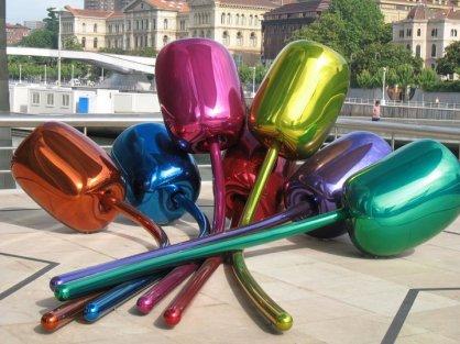 Jeff Koon's flowers in the Guggenheim