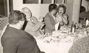 Ο πατερας μου (με την πλατη στο φακο) στον Μπαμπουλα τον Μαίο του 1962