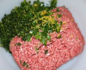 Minced beef, parsley and coriander