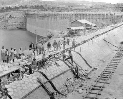 Marathon dam - construction