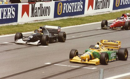 Patrese, Wendlinger, and Alesi on the grid