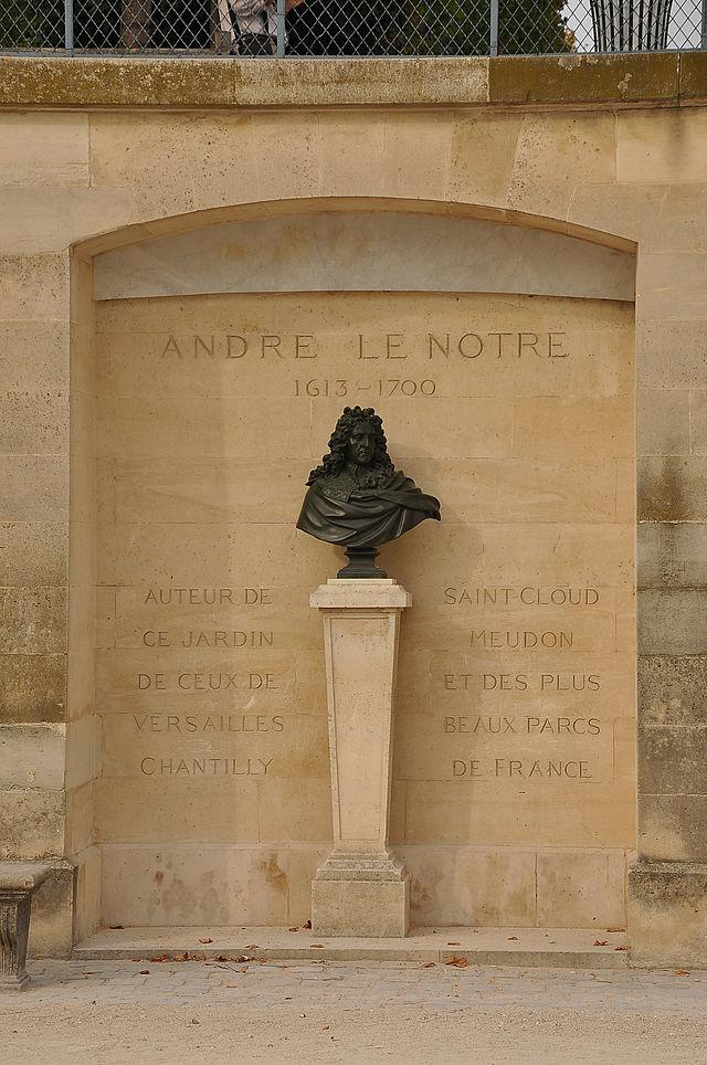 Jardins desTuileries-Buste d'André Le Nôtre