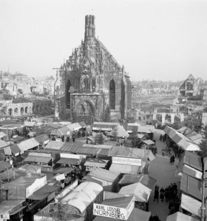 frauenkirche_nuremberg_1948