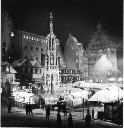 schone_brunnen_nuremberg_1938